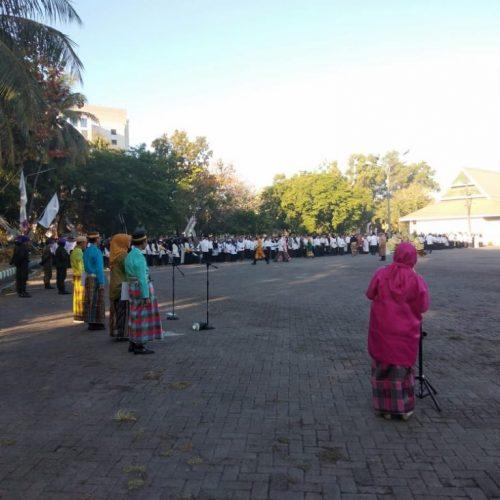 FS UMI Jalankan Amanat sebagai Petugas Upacara HUT RI ke-74
